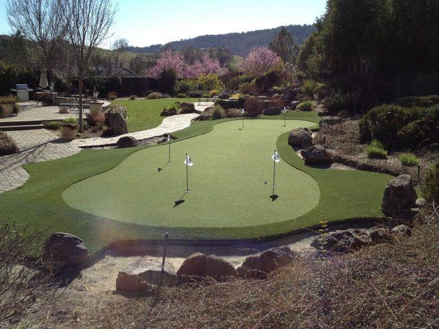 Project: Pleasanton, CA Backyard Putting Green